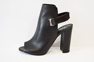 Босоножки кожаные на каблуке DaCoTa, фото 3