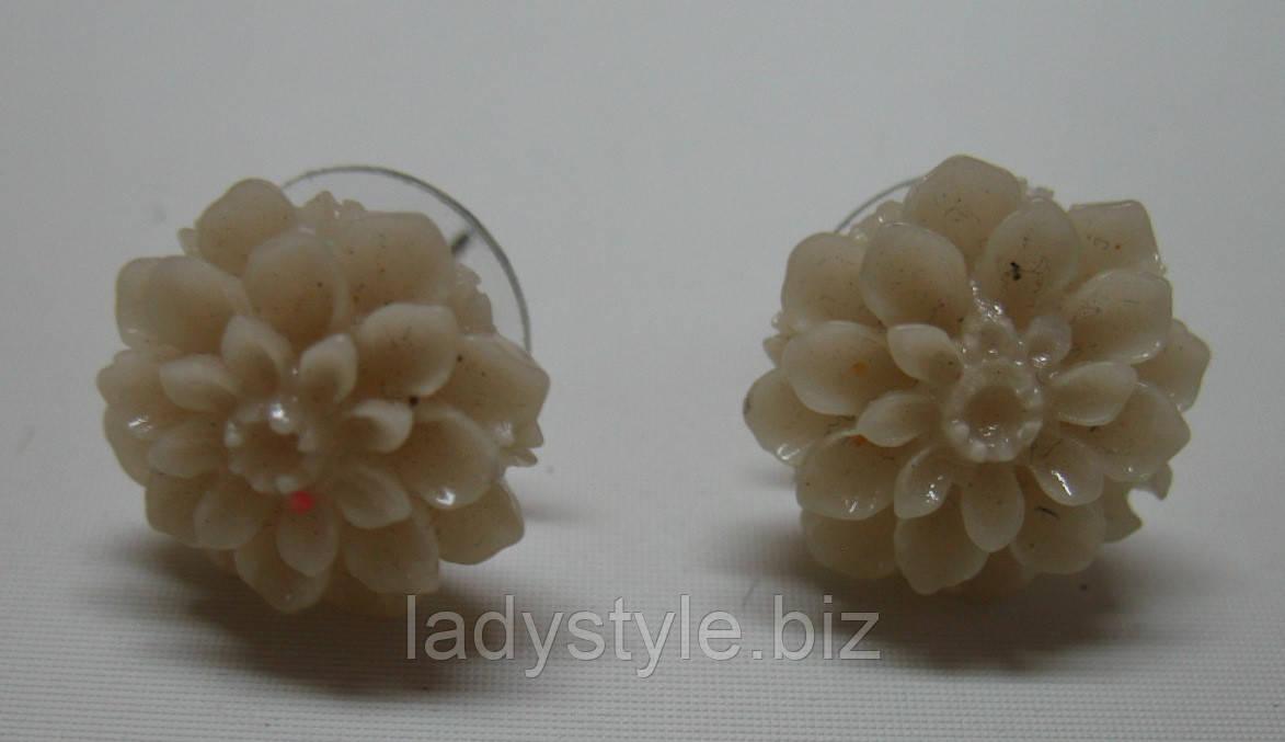 Серьги-гвоздики от студии LadyStyle.Biz