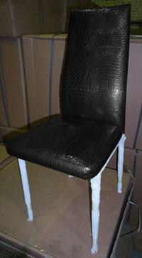 Стілець металевий С14 чорний блиск (під крокодилячу шкіру), ноги хром