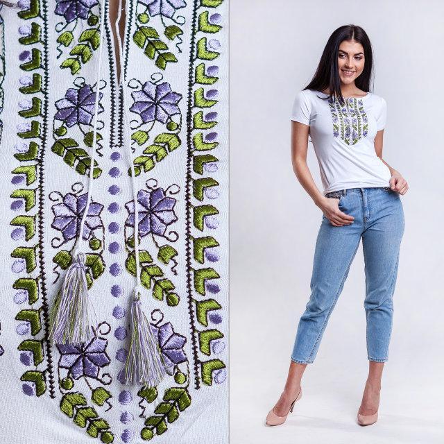 Оригинальная футболка с вышивкой Цветы