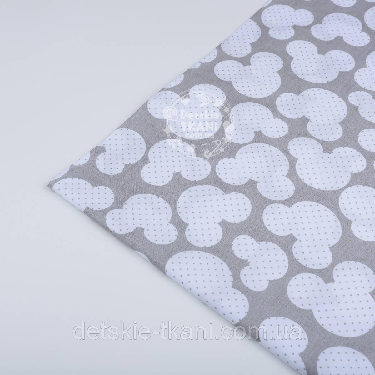 Лоскут ткани №19  серого цвета с очертаниями мики мауса, размер 50*80 см