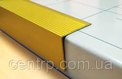 Угловой алюминиевый профиль для отделки ступеней от производителя ООО Профиль-Центр