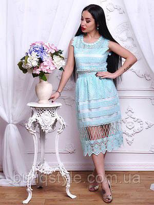 Стильное котоновое женское платье миди с кружевом белое, голубое, розовое