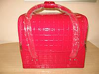 Бьюти-кейс. сумка для мастеров индустрии красоты. Цвет - красный, лаковый. клетка.