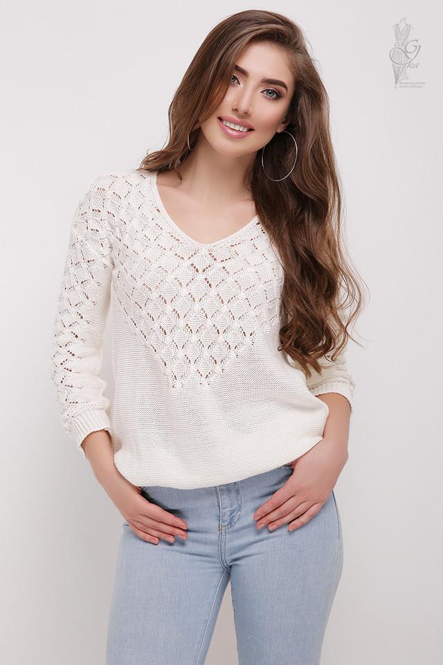 Цвет молоко Вязаного женского свитера Мамея