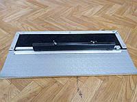 Механизм движения автомобильных дивана (сидений) по наружных (внешних) салазках (полозьях, рельсах)