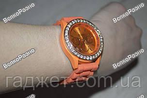 Женские часы DISU (Geneva) со стразами оранжевого цвета., фото 2