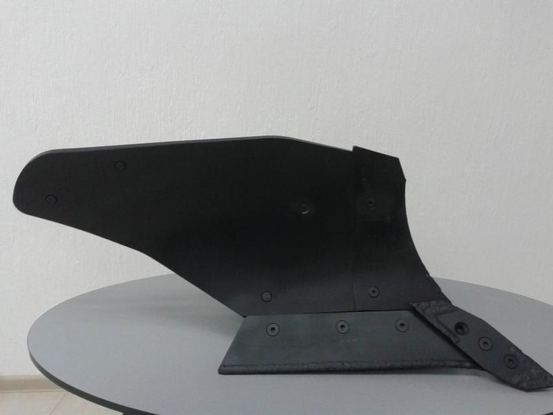 Крыло отвала для плуга ПЛН 3-3,5 (5,35) под металлическую грудь из Текrоne(винтового)