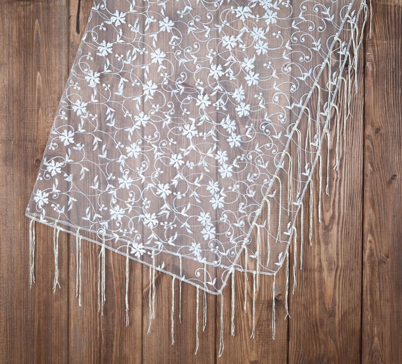Красивый платок для венчания