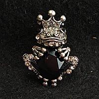 [20/30 мм] Брошь темный металл Царевна Лягушка черный кристалл