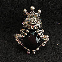 [20/30 мм] Брошь темный металл Царевна Лягушка черный кристал