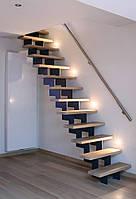 Лестница на мансарду на 2 зубчатых косоурах. В дом или квартиру. На второй этаж. Изготовление на заказ