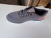 Легкие женские кроссовки для бега