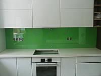 Cтеклянный фартук для кухни