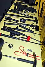 Многое от компании ESP в одной презентации - Что вы предпочитаете? Телескопическая дубинка, тактические аксессуары или наручники?