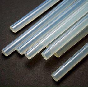 Клей силиконовый в пистолет, диаметром 0,7 см., длинной 20 см (1 кг -115 шт)