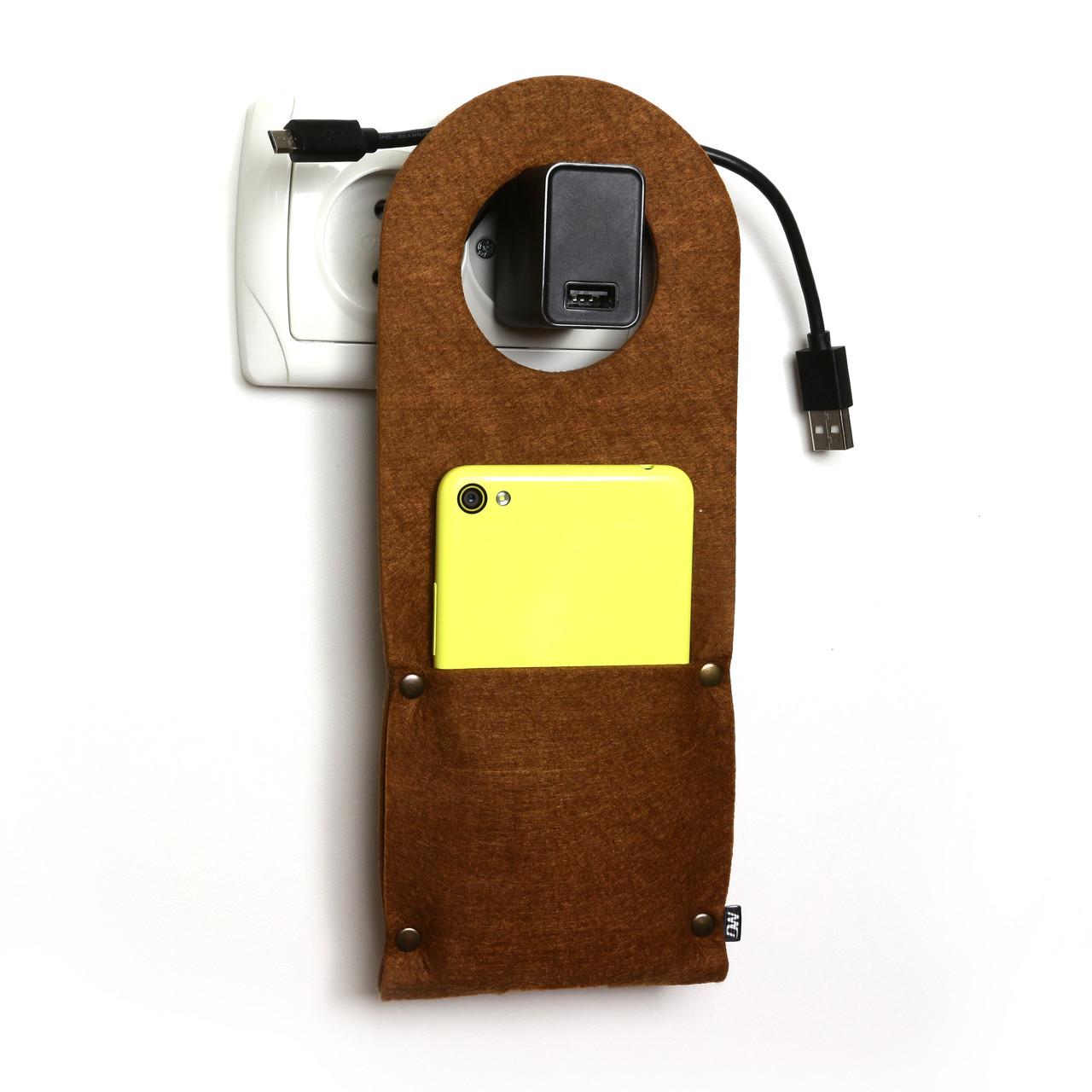 Карман д/зарядки телеф.на заклепке Digital Wool коричневый
