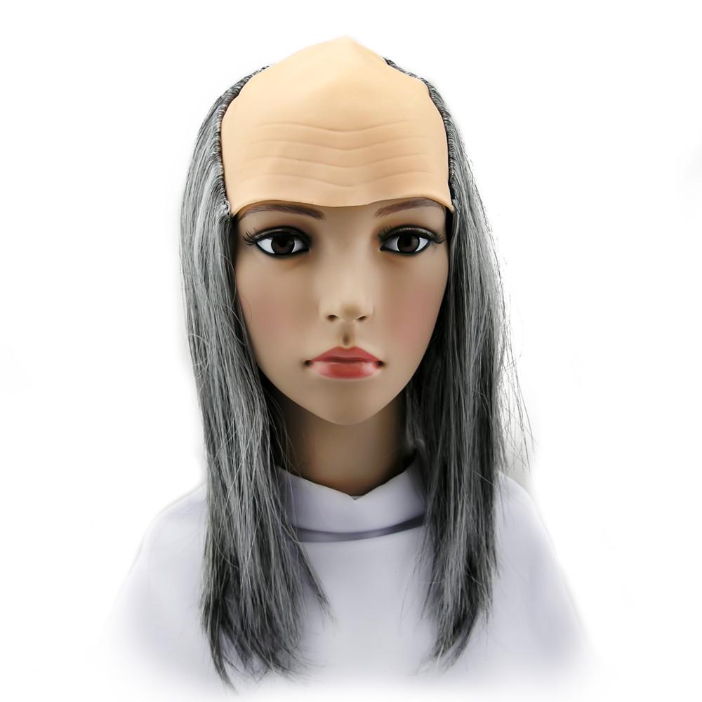 Лысина старика с волосами