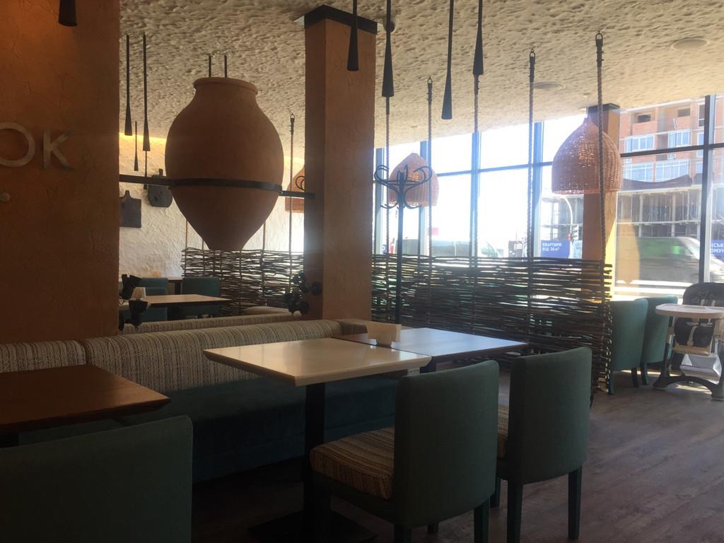 Оформление грузинского ресторана плетенкой 5