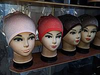 Женская шапка в расцветке