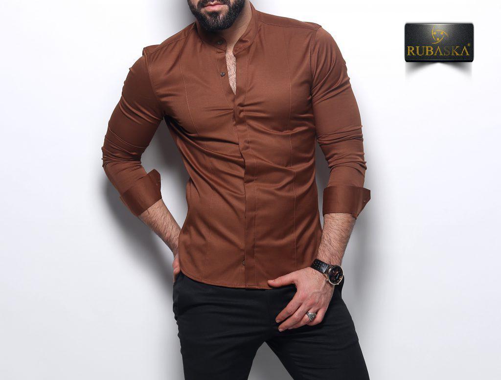 Мужская коричневая приталенная рубашка