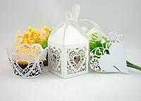 Корзинка бумажная для выпечки Сердце 10шт ( свадебный аксессуар )