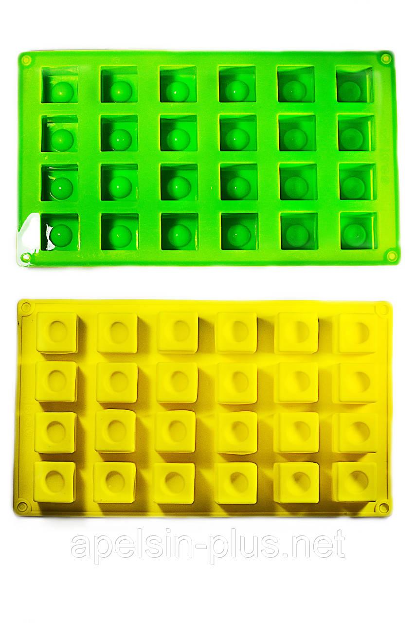 """Силиконовая форма для выпечки """"Кубики"""" на 24 штук"""