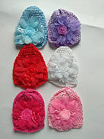 Набор детских шапочок с цветком