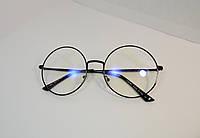 Круглые прозрачные очки в черной оправе