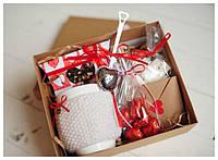 Подарочный набор Від серця до серця (чай, чашка, пакетики-фильтры, ситечко, сахар кусковой, шоколадные сердеч