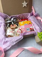 Подарочный набор Для Неё (кофе, шоколад, крем-мед, конфеты, топер)