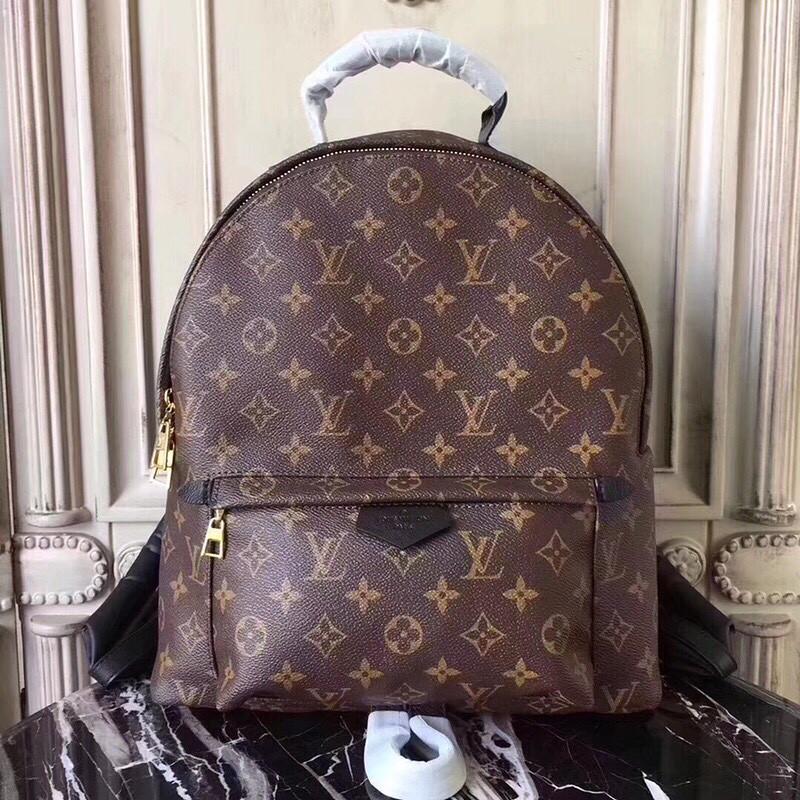 5dfb3b5d80a6 Кожаный рюкзак Louis Vuitton - Люкс реплики брендовых сумок, обуви в Киеве