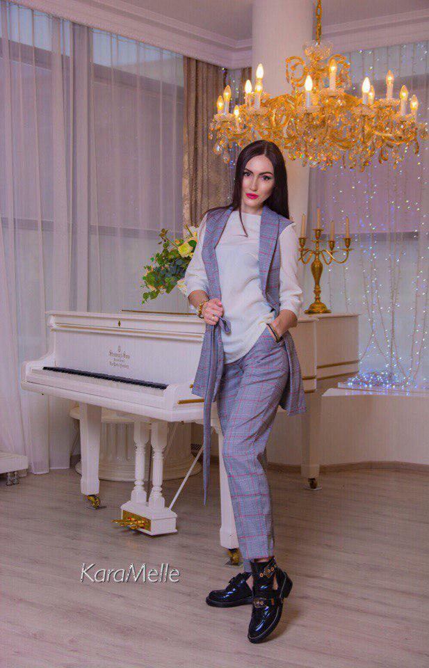 Костюм офисный брюки блуза жилетка костюмка