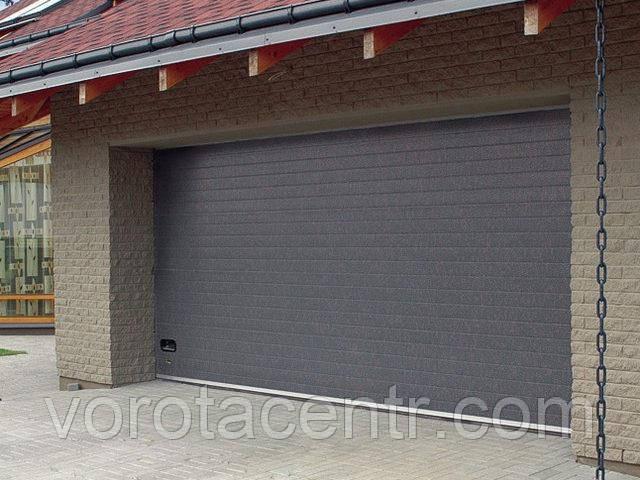 Автоматичні секційні гаражні ворота RSD02 3700x2400 DoorHan