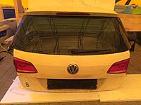 Кляпа (кришка) багажника універсал для Volkswagen Passat B7