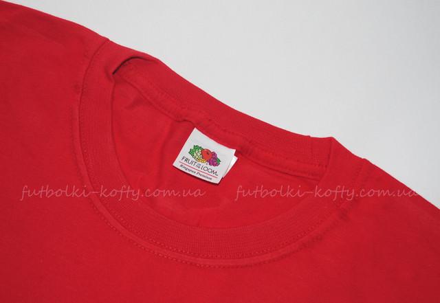 Красная мужская футболка плотная мягкая