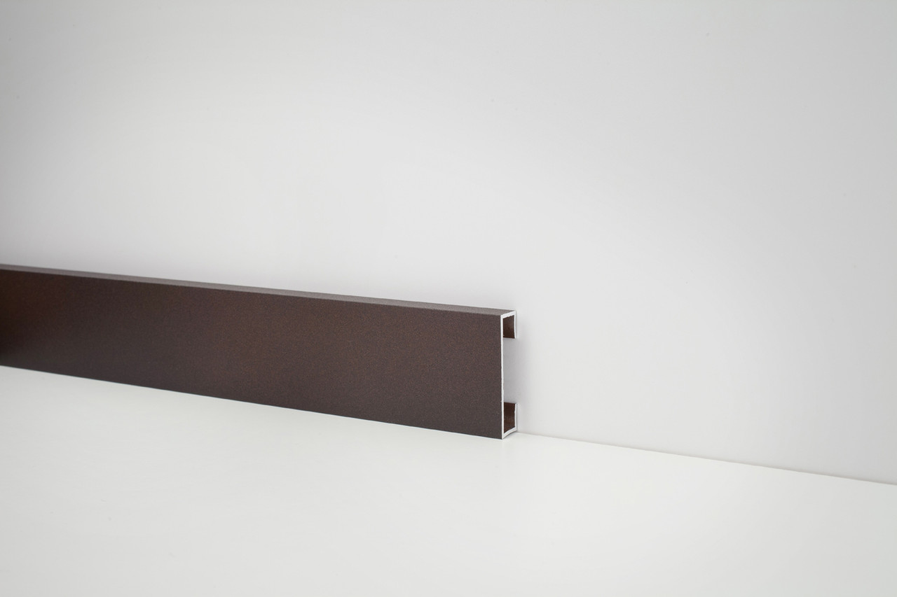 Металлический плинтус Profilpas Metal Line 89/4 крашеный алюминий, коричневый 10*40*2000 мм.