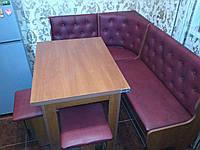 Кухонный уголок Адмирал с простым, раскладным столом и двумя табуретами Бордо