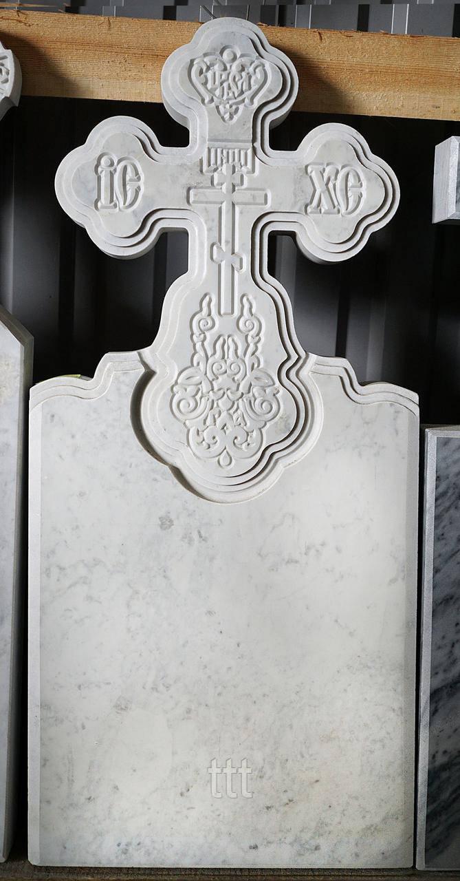 Крест  со стелой из мрамора № 16