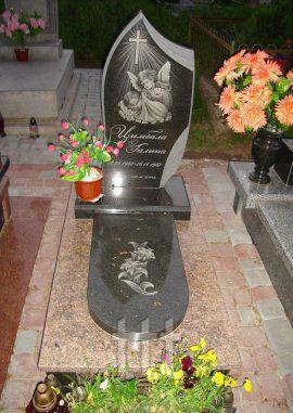 Детское надгробие с  ангелочками  №35