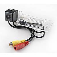Камера заднего вида iDial CCD-108 Skoda Fabia