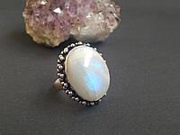 Кольцо с натуральным лунным камнем 16,5 размер