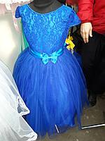 Платье детское с кружевным украшением