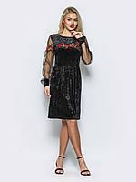 Нарядное женское велюровое платье с рукавами из сетки и вышивкой 90291