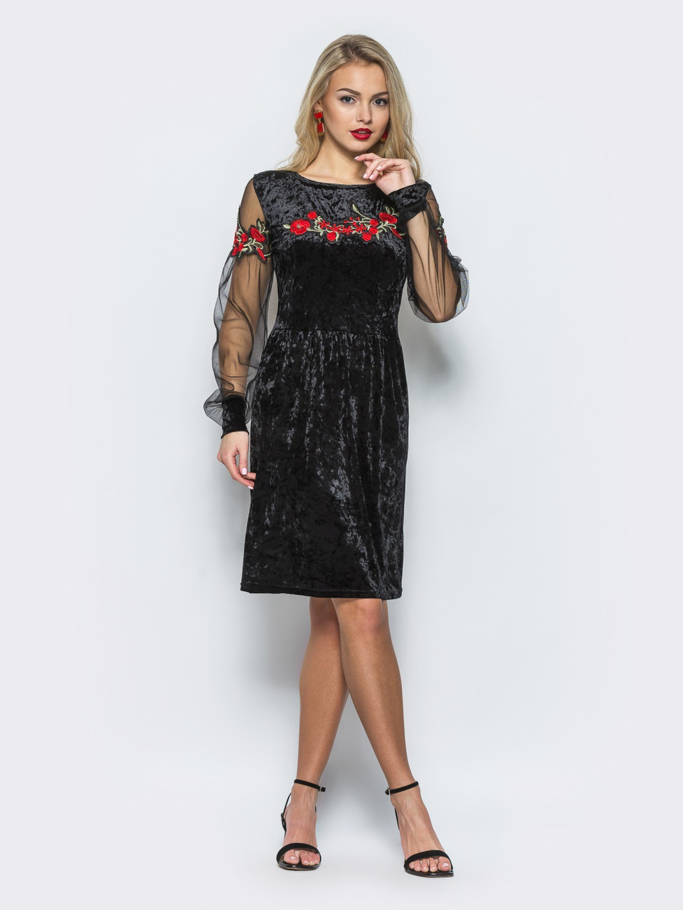 8ab5bda567356fd Нарядное женское велюровое платье с рукавами из сетки и вышивкой 90291 - My  Oazis в Харькове
