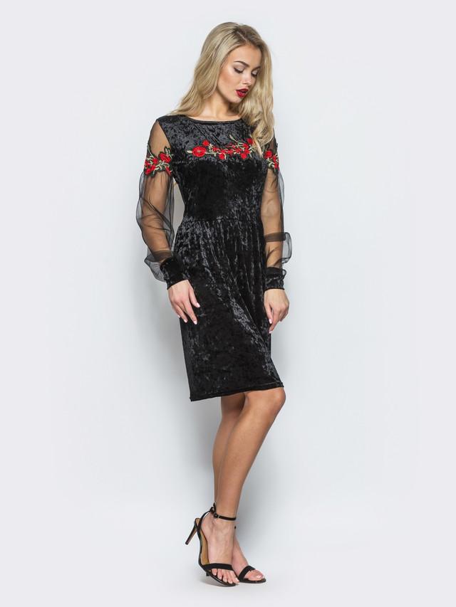 8f65d45ab8d2d0b Нарядное женское велюровое платье с длинным рукавом из сетки и вышивкой.  Вырез горловины круглый. Без застежек. Длина по спинке - 94 см, длина рукава  - 67 ...