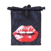Сумка рюкзак чёрный губы ( городской рюкзак )