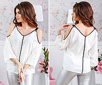Белая  блузка сконтрастной отделкой тесьмой