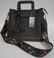 Женская сумка на квадратных ручках
