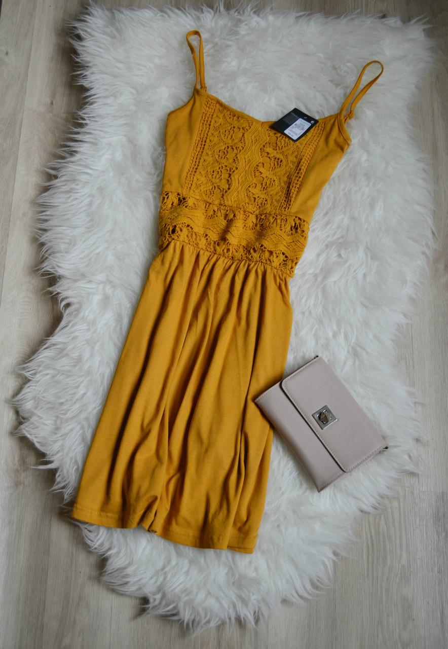 Новое платье с кружевом горчичного цвета Atmosphere
